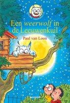 Boek cover Dolfje Weerwolfje 9 - Een weerwolf in de Leeuwenkuil van Paul van Loon (Hardcover)