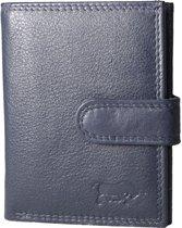 Pasjeshouder met RFID bescherming (anti skim) van Arrigo gemaakt van soepel donkerblauw rundleer. Deze mini portemonnee heeft ruimte voor 26 pasjes, briefgeld en een handig kleingeld vakje met rits