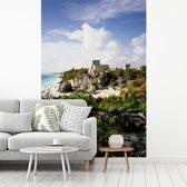 Fotobehang vinyl - Wachttoren en Tempel van de goden in Tulum breedte 235 cm x hoogte 360 cm - Foto print op behang (in 7 formaten beschikbaar)