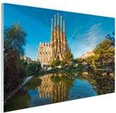 Sagrada Familia en water Glas 120x80 cm - Foto print op Glas (Plexiglas wanddecoratie)