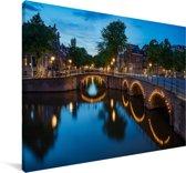 Verlichte Prinsengracht in de avond Canvas 30x20 cm - klein - Foto print op Canvas schilderij (Wanddecoratie woonkamer / slaapkamer)