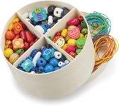 New Classic Toys - Houten Kralen in Box - 640 Gekleurde Kralen