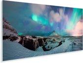 Poollicht over de Europese Kirkjufell Berg op het schiereiland Snæfellsnes Plexiglas 40x20 cm - Foto print op Glas (Plexiglas wanddecoratie)