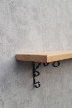 eiken wandplank/boekenplank met sierlijke zwarte plankdragers