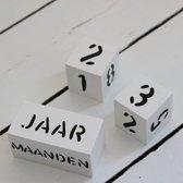 Mijlpaalblokken Wit - Zwarte Letters