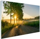 Zonsopkomst door de bomen Glas 30x20 cm - Foto print op Glas (Plexiglas wanddecoratie)