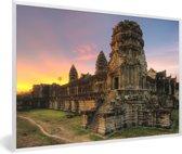 Foto in lijst - Zonsopgang in Angkor Wat in Cambodja fotolijst wit 60x40 cm - Poster in lijst (Wanddecoratie woonkamer / slaapkamer)