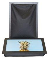 L-line by Jis Laptray, Schoottafel, Schootkussen, Laptoptafel, Dienblad met kussen Ananas – 32,5x43 cm