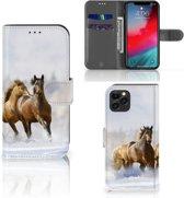 iPhone 11 Pro Telefoonhoesje met Pasjes Paarden