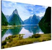 Milford Sound in Nieuw-Zeeland Aluminium 180x120 cm - Foto print op Aluminium (metaal wanddecoratie) XXL / Groot formaat! / Zee en Strand