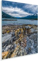 Extreem weer is af te zien aan sommige rotsen in Nationaal park Tierra del Fuego Plexiglas 120x160 cm - Foto print op Glas (Plexiglas wanddecoratie) XXL / Groot formaat!