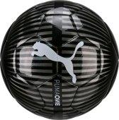 PUMA One Chrome Voetbal maat 5 - Puma Black