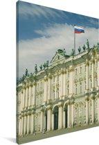 Russische vlag boven op het Hermitage museum in Sint-Petersburg Canvas 40x60 cm - Foto print op Canvas schilderij (Wanddecoratie woonkamer / slaapkamer)