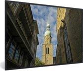 Foto in lijst - Uitzicht op de kerk in de Duitse stad Dortmund fotolijst zwart 60x40 cm - Poster in lijst (Wanddecoratie woonkamer / slaapkamer)