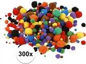 300x knutsel pompons 15-40 mm kleuren