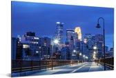 Het verlichte centrum van Minneapolis in de Verenigde Staten in de nacht Aluminium 90x60 cm - Foto print op Aluminium (metaal wanddecoratie)