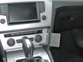 Brodit Pro Clip gehoekt gemonteerd - voor Volkswagen Passat 15