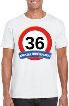36 jaar and still looking good t-shirt wit - heren - verjaardag shirts S