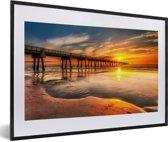 Foto in lijst - Zonsopgang aan de kust van Jacksonville in Florida fotolijst zwart met witte passe-partout 60x40 cm - Poster in lijst (Wanddecoratie woonkamer / slaapkamer)