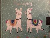 dagboek met slot alpaca licht groen met twee witte alpaca 15 cm bij 15 cm