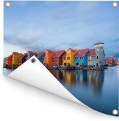 Kleurrijke huizen in een wijk in Groningen Tuinposter 40x30 cm - klein - Tuindoek / Buitencanvas / Schilderijen voor buiten (tuin decoratie)