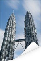 De Petronas Towers van dichtbij in Kuala Lumpur Poster 60x90 cm - Foto print op Poster (wanddecoratie woonkamer / slaapkamer)