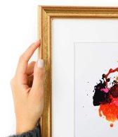 Goudkleurige smalle kader met rode schijn met witte passe partout. (Handgemaakt) Fotoformaat 30x50 | Kaderformaat 40x60
