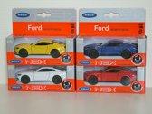 4 x Ford Mustang in 4 kleuren in doos - Welly 1:34