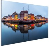 FotoCadeau.nl - Nyhavn in schemering Aluminium 90x60 cm - Foto print op Aluminium (metaal wanddecoratie)