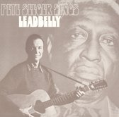Pete Seeger Sings Leadbelly