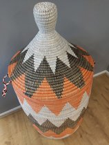 Wasmand zwart, wit , oranje XXXL / decoratie mand / traditionele mand