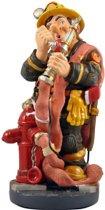 Brandweerman- polyresin – beroepen - beeldje – Profisti – 11x11x20 cm - relatiegeschenk