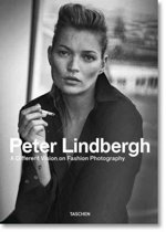 Boek cover Peter Lindbergh. A Different Vision on Fashion Photography van Thierry-Maxime Loriot (Hardcover)