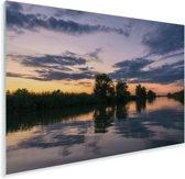 Weerspiegeling van de lucht in het water bij de Donaudelta in Roemenië Plexiglas 120x80 cm - Foto print op Glas (Plexiglas wanddecoratie)