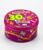Snoeptrommel 30 jaar Vrouw gevuld met verse dropmix in cadeauverpakking met gekleurd lint