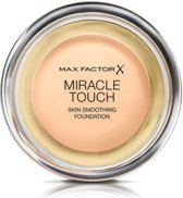 Max Factor Miracle Touch Liquid Illusion -40 CREAMY IVORY- Foundation