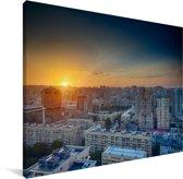 Kleurrijke zonsondergang over Bakoe in Azerbeidzjan Canvas 80x60 cm - Foto print op Canvas schilderij (Wanddecoratie woonkamer / slaapkamer)