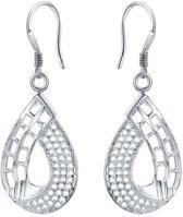 Fashionidea - Mooie elegante zilverkleurige oorhangers de Pretty Silver Earrings