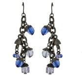 Oorbellen hangers oud zilver kleur met blauwe kraaltjes