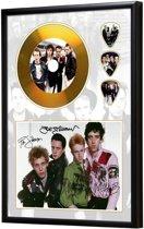 Golddiscdisplay met plectrums The Clash ingelijst