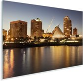 De skyline van Milwaukee in Amerika tijdens de schemering Plexiglas 30x20 cm - klein - Foto print op Glas (Plexiglas wanddecoratie)