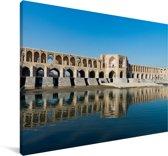 Khaju bridge met helder licht en weerkaatsing in het water Canvas 60x40 cm - Foto print op Canvas schilderij (Wanddecoratie woonkamer / slaapkamer)