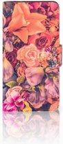 Samsung Galaxy J2 2016 Bookcase hoesje Design Bosje Bloemen