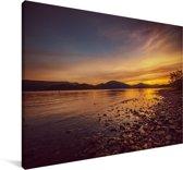 Zonsondergang bij het Nationaal park Loch Lomond en de Trossachs in Schotland Canvas 140x90 cm - Foto print op Canvas schilderij (Wanddecoratie woonkamer / slaapkamer)