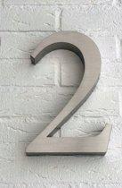 Huisnummer 2 van RVS 3D XL / Hoogte 25 cm / Huisnummer 2 groot.
