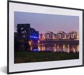 Foto in lijst - Architectuur in de Duitse stad Maagdenburg fotolijst zwart met witte passe-partout klein 40x30 cm - Poster in lijst (Wanddecoratie woonkamer / slaapkamer)