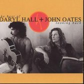 Looking Back: The Best Of Daryl Hall & John Oates