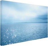Zonlicht weerspiegelt op de zee Canvas 180x120 cm - Foto print op Canvas schilderij (Wanddecoratie woonkamer / slaapkamer) XXL / Groot formaat!