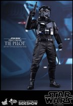 Star Wars The Force Awakens: First Order TIE Pilot 1:6 scale Figure