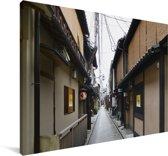 Smalle straatjes in de oude wijk van Kioto in Japan Canvas 90x60 cm - Foto print op Canvas schilderij (Wanddecoratie woonkamer / slaapkamer) / Aziatische steden Canvas Schilderijen